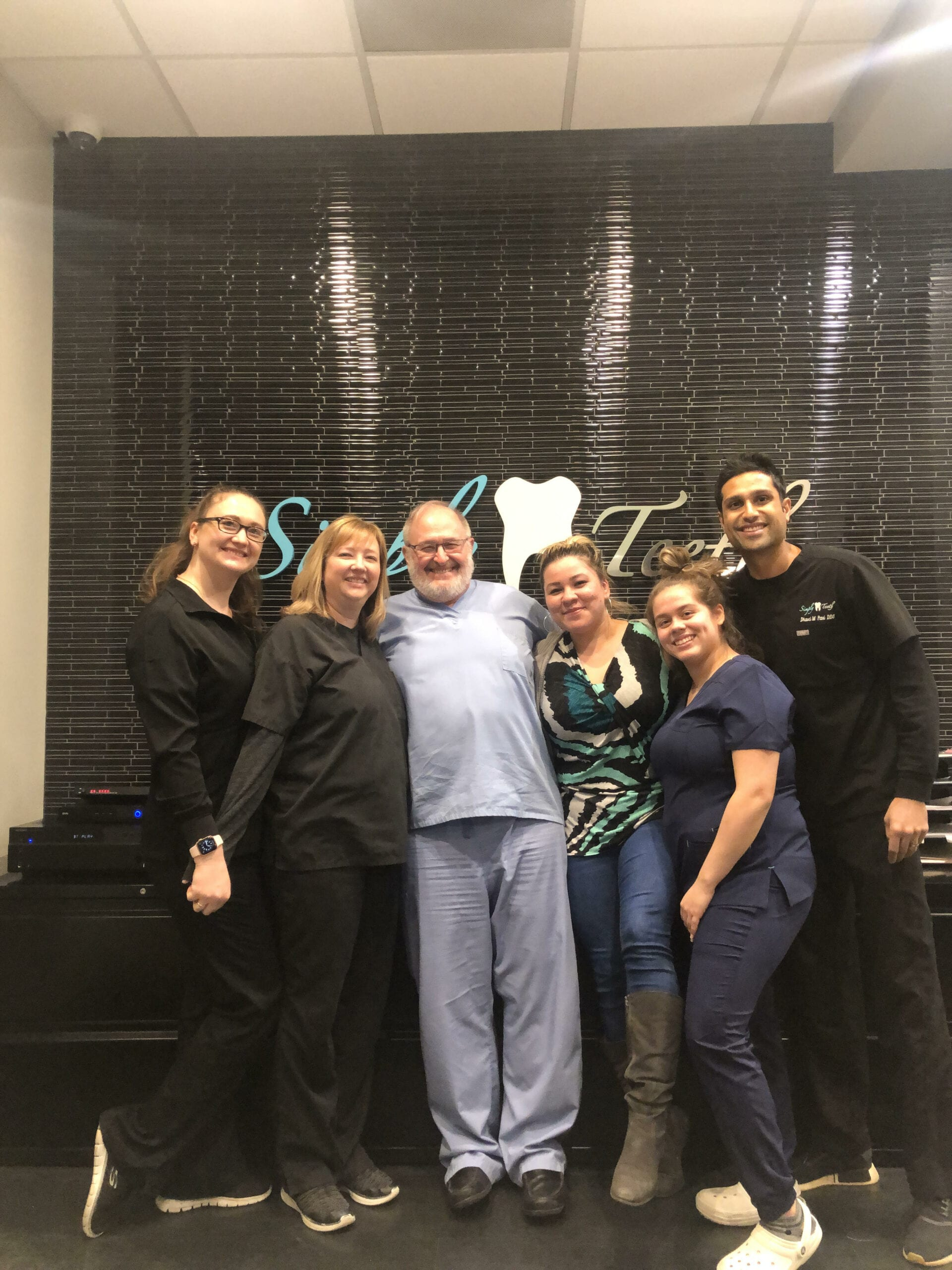 simplyteethmountprospect dentist team